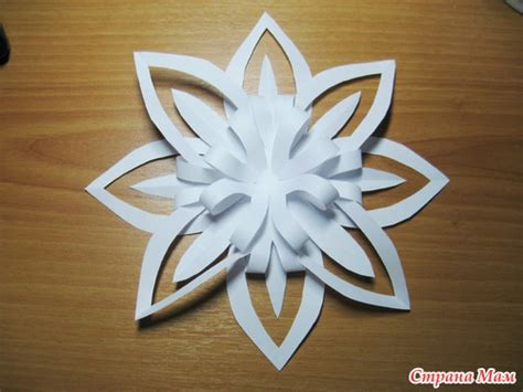 christmas ornament paper snowflake tutorial crafts