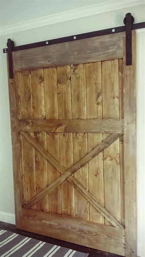 Diy Barn Doors White Diy Sliding Barn Door Diy Projects