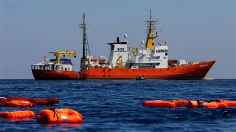 bateau aquarius w l aquarius cherche de nouveau un port 141 rescap 233 s 224 bord
