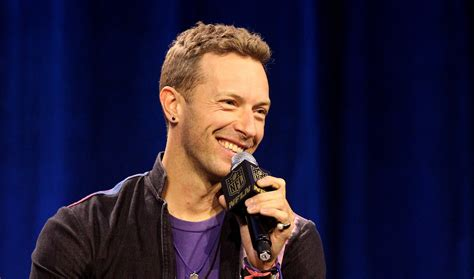 chris martin dancer biography how old is chris martin the lead singer of coldplay