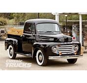 ANTIQUE FORD CARS AND TRUCKS  ANTIQUES CENTER