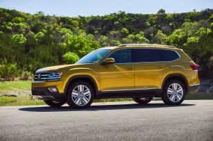 2018 volkswagen atlas drive review motor trend