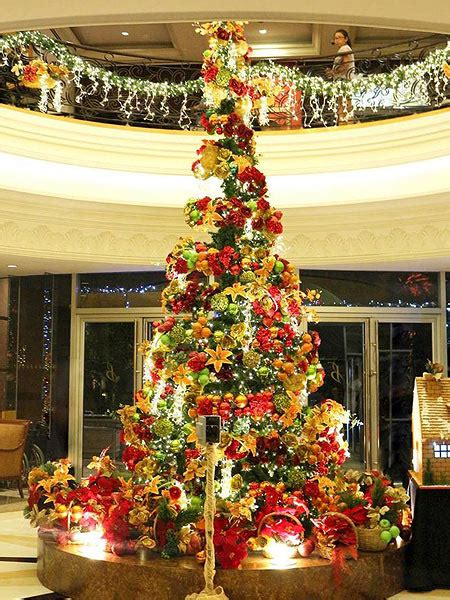 cheapest chrsitmas tree in manila beautiful trees in hotels and malls in manila spot ph