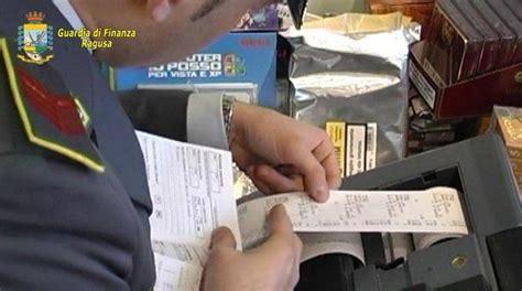 ufficio delle entrate catania installava registratori di cassa ma non aveva