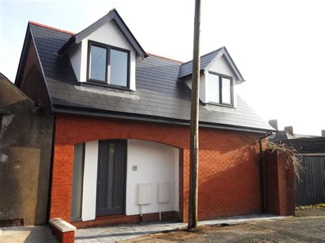 2 bedroom house plymouth 2 bedroom detached house for sale in plymouth road