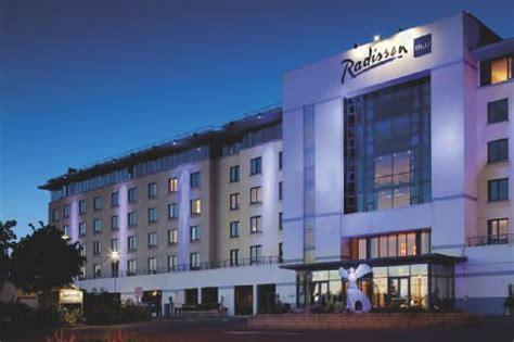aer lingus help desk hotels near dublin airport radisson