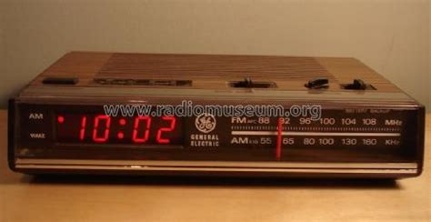 electronic digital fm am clock radio radio general electric