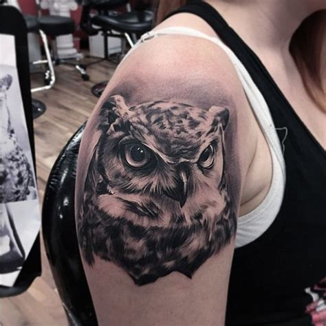 owl tattoo es owl tattoo i got from fred flores at inkslingers black and