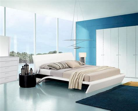modern style beds contemporary style glossy bedroom set w platform bed