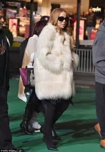Careys Fur Coat Is Lost In The Mail by Carey Cuts A Stylish Figure At Thanksgiving Parade