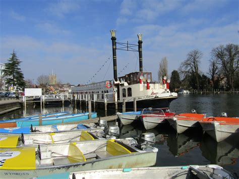 thames river cruise locations three cruises and a castle greatdays group travel