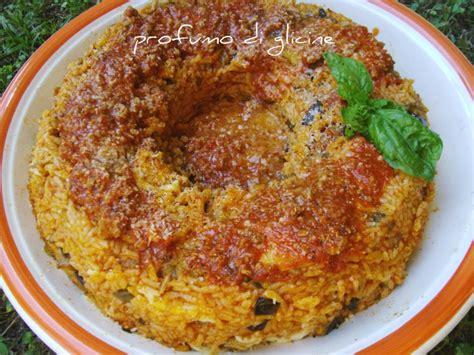 riso come cucinarlo savarin di riso con salsiccia e melanzane ricetta primi