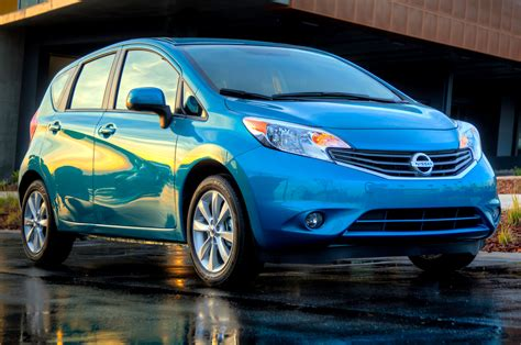 nissan rio july subcompact sales nissan versa on top spark outsells