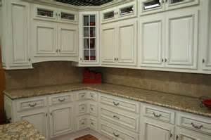 Distressed Antique White Kitchen Cabinets White Distressed Kitchen Cabinets Manicinthecity