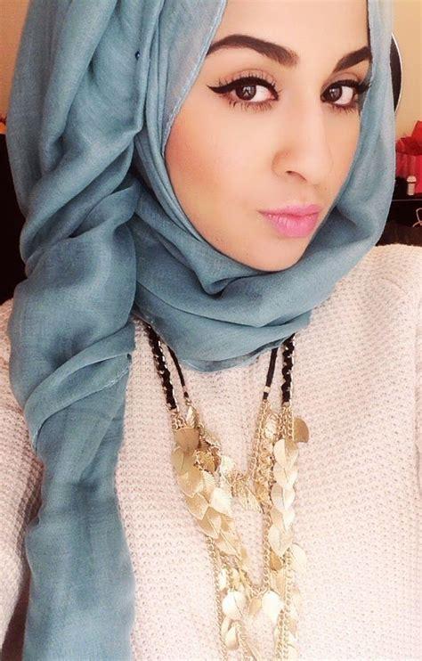 Alodia Square Segi Empat Wanita tren baju muslimah masa kini hairstylegalleries