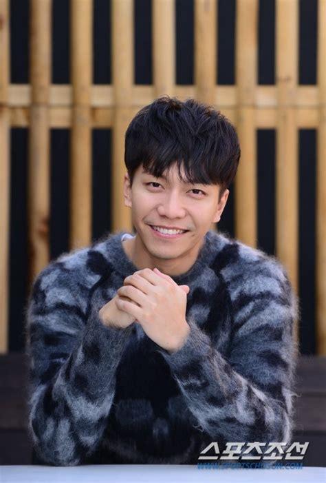 lee seung gi sister age lee seung gi s agency denies hilarious rumor that he has a