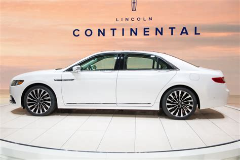 Lincoln Continental Commercial 2017 by Lincoln Continental Sales Total 1 167 Units In January 2017