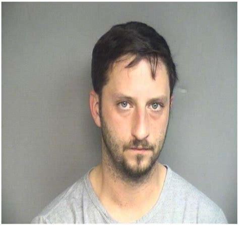 convicted bank robber arrested for being a lookout at