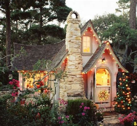 Fairytale Cabin by Tale Cottages