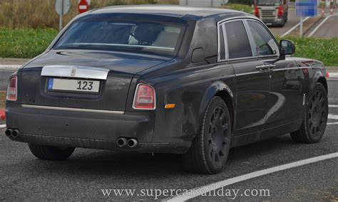 roll royce car 2018 2018 rolls royce phantom spy shots supercars all day