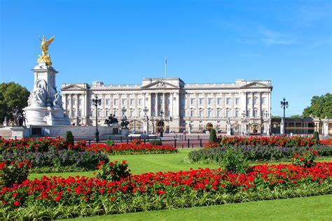 buckingham palace facts a quick history of buckingham palace park grand london blog