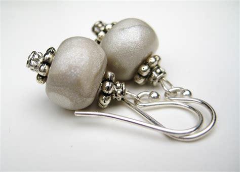 file silver and pewter earrings jpg wikimedia