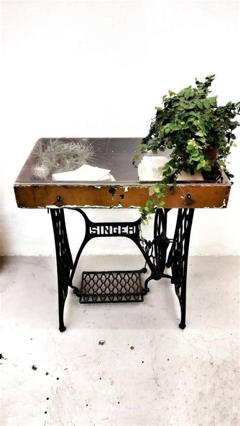 tavoli per macchine da cucire oltre 1000 idee su tavoli con macchina per cucire singer