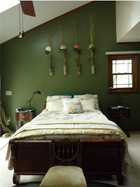 Green Bedroom Decorating Ideas by Best 25 Green Walls Ideas On