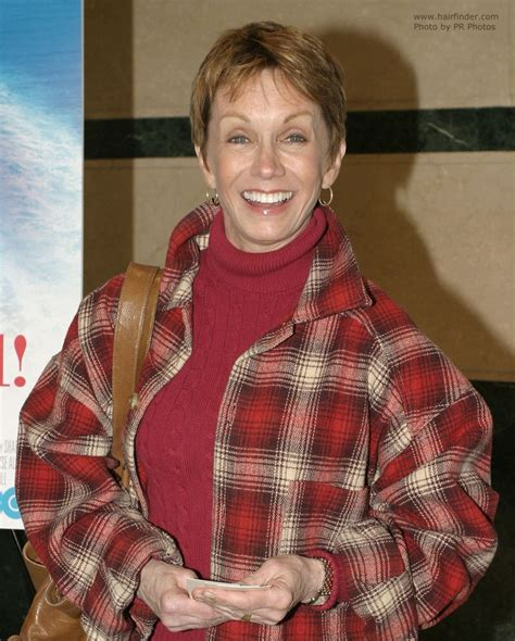 sandy duncan bob hairstyles layered hair