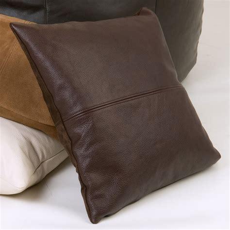 cuscini in cuscini in pelle per divani calia maddalena