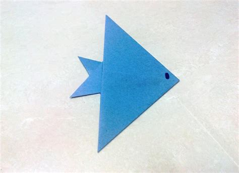 Simple Origami Fish - how to make an origami fish doovi
