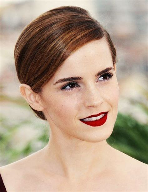 emma watson natural hair color emma watson love her hair color my style pinterest