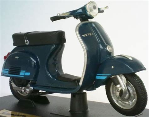 Diecast Vespa 3 best 2 chat diecast model cars trucks motorcycles