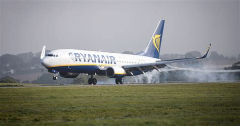 ryanair launches mid week sale with up to 163 30 return flights mirror