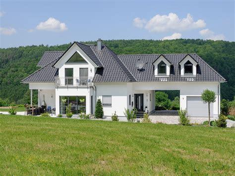 Musterhaus Mit Garage by Exklusive Villa Effizienzhaus Albert Haus