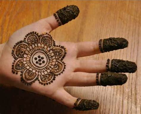 henna design maker 15 easy mehndi designs for your kid s hands bling sparkle