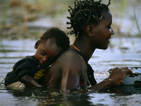 mother s mbukushu mother and child photo botswana picture