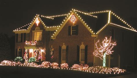 most beautiful christmas decorated homes christmas d c3 a3 c2 a9cor by cowleys stresses ladder safety during the beautiful decorating