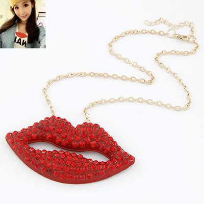 Gelang Korea Coin Shape Decorated Weave athletic lip decorated with cz pendant alloy