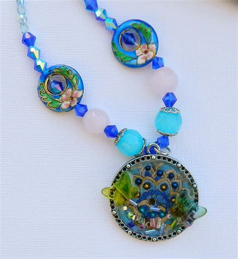Paper Craft Jewellery - resin crafts tissue paper with jewelry resin