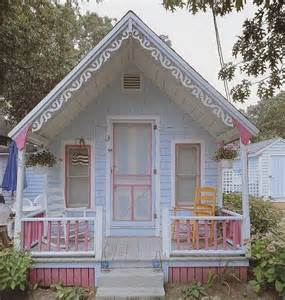 Cute Tiny Houses by Adorable Pastel Tiny Victorian Cottage So Cute