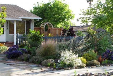 the edible front yard edible landscape garden
