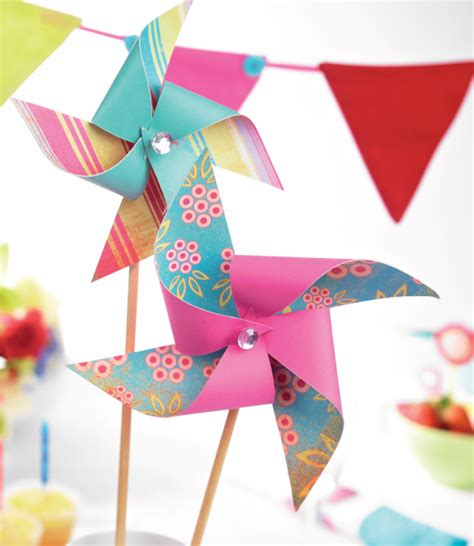 Handmade Windmill With Paper - paper windmills free craft project papercraft crafts