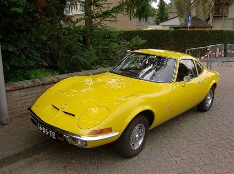 opel yellow opel gt in yellow opel gt dreams