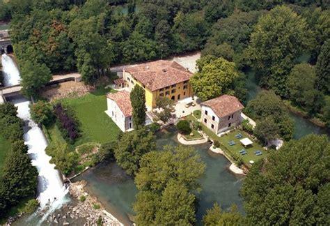 la valle volta mantovana villa dei mulini from the sky foto di agrirelais villa