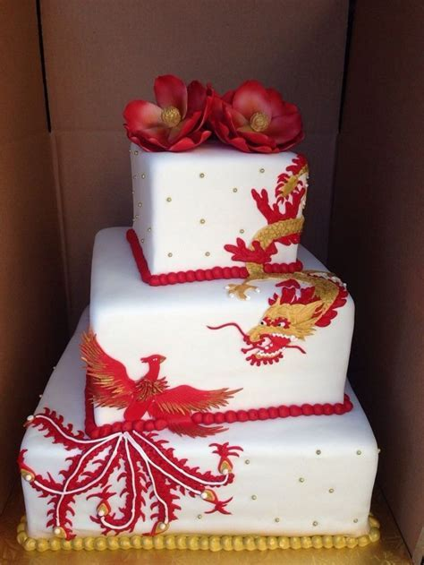 25  best ideas about Dragon Wedding Cake on Pinterest