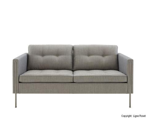 graues sofa graues sofa welche kissen teppich wandfarbe