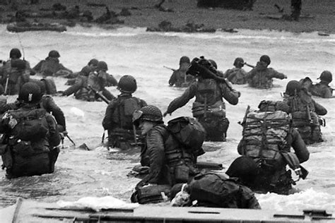 d day the battle for 067088703x http www ahctv com battles history d day mega photos d day normandy and history