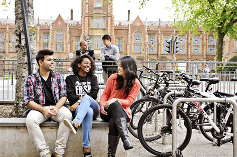 Mba Belfast by Into S Belfast Universities In Uk Iec