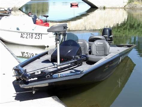 boat trailer in french bass boat france